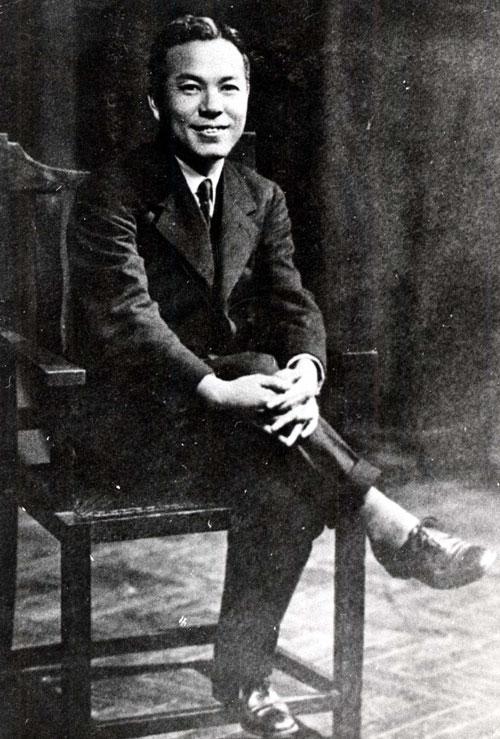 청년시절의 인촌 김성수선생 1930년 영국 방문시.